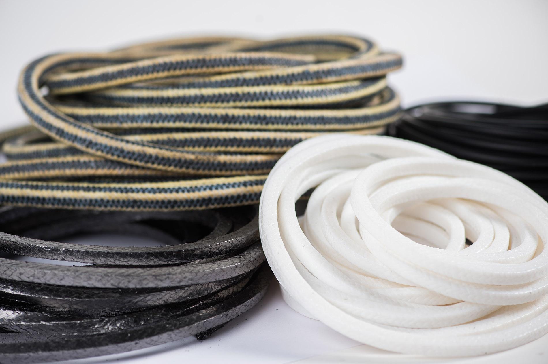 Upchávkové šnúry a termoizolačné textílie